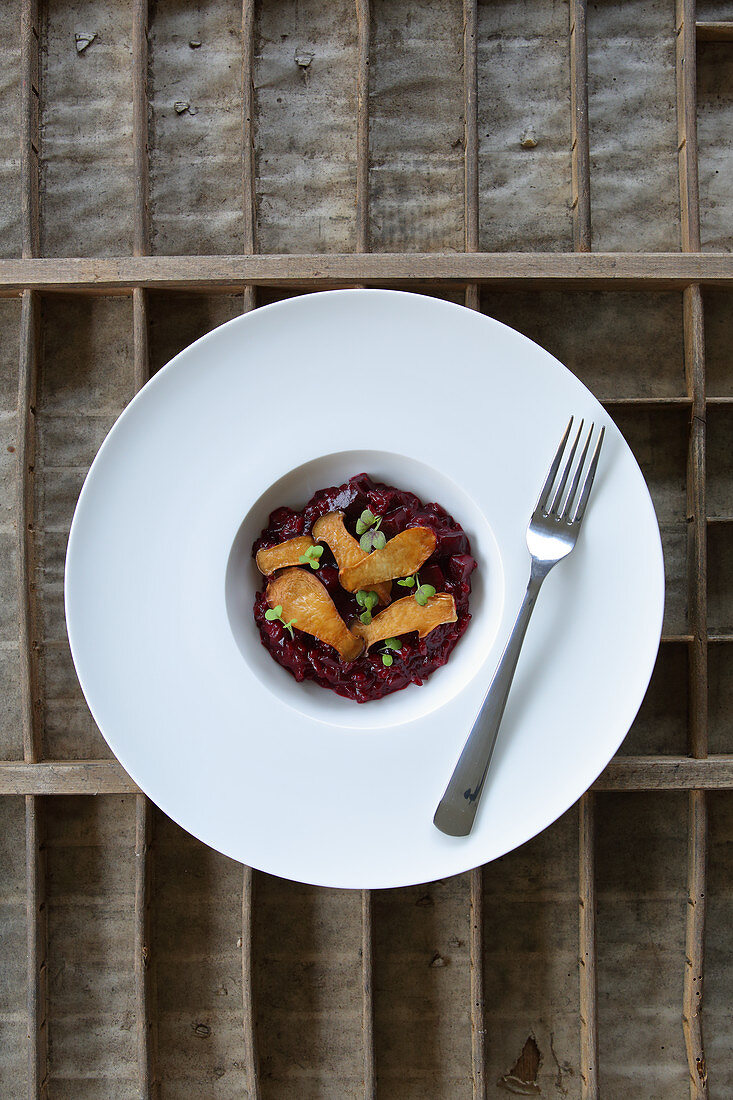 Beetroot risotto with king trumpet mushrooms