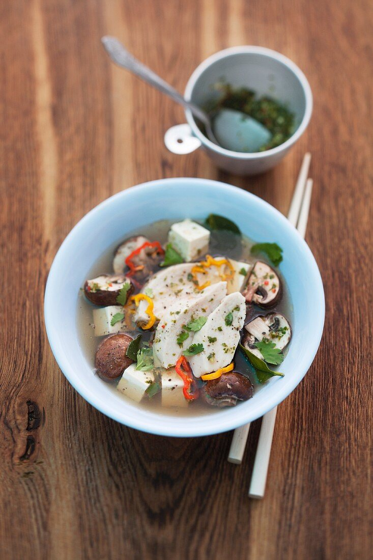 Tom Yam Gai (spicy sour chicken soup, Thailand)
