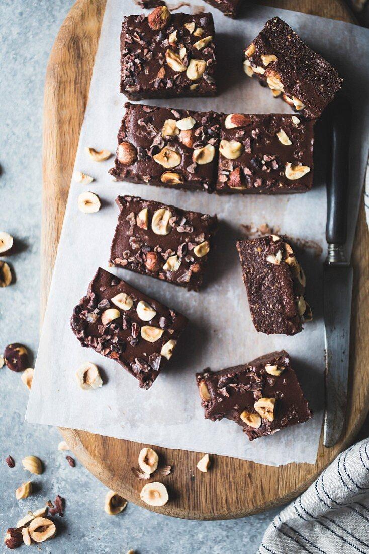 No-bake hazelnut ganache brownies, gluten-free, vegan, refined sugar-free