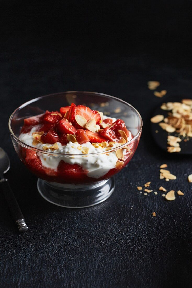 Strawberry and rhubarb compote on chia yoghurt (low calorie)
