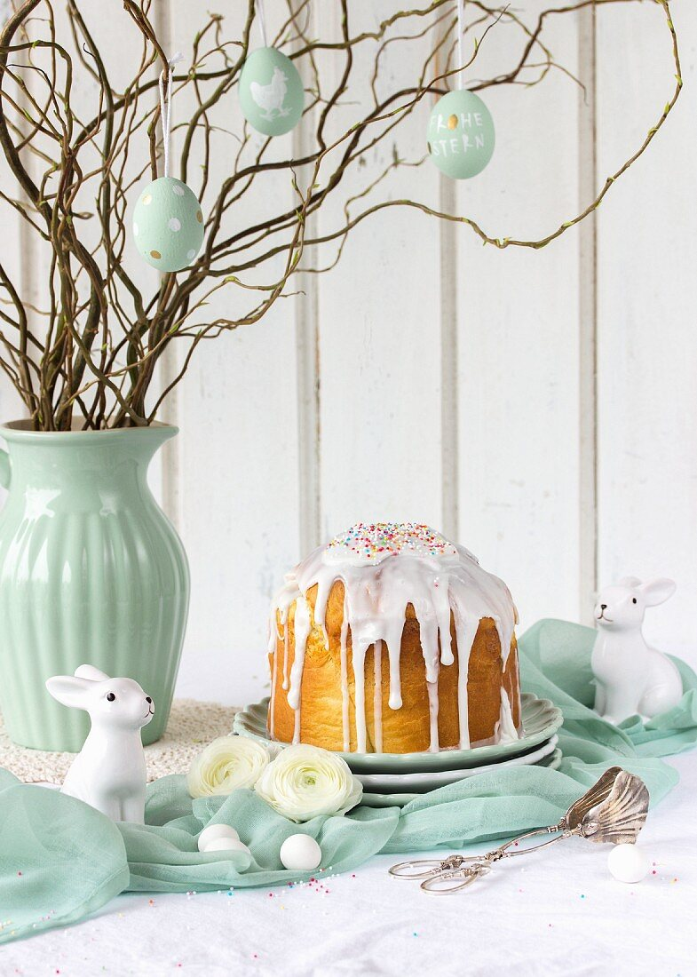 Russian Easter bread with rum and raisins