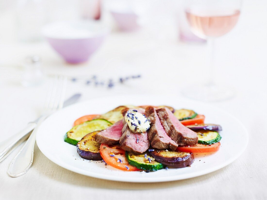 Tagliata with grilled vegetables and lavender