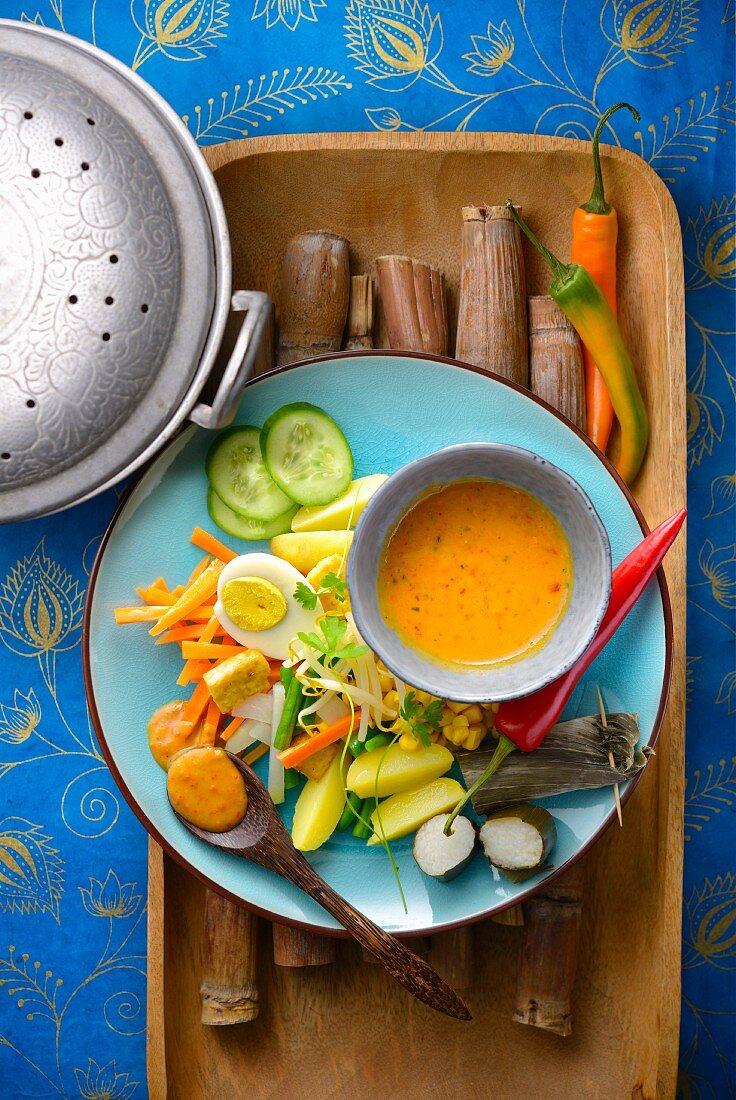 Gado-Gado (Indonesian salad with peanut sauce)
