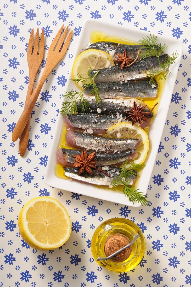 Sardine fillets in a lemon marinade with star anise and dill