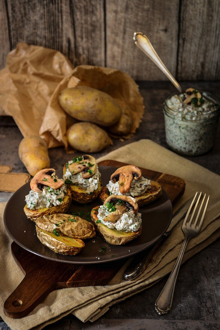 Oven roasted potatoes with mushroom cream