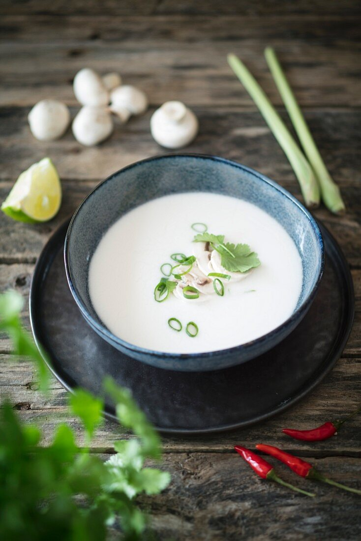 Tom Ka Gai (coconut soup, Thailand)