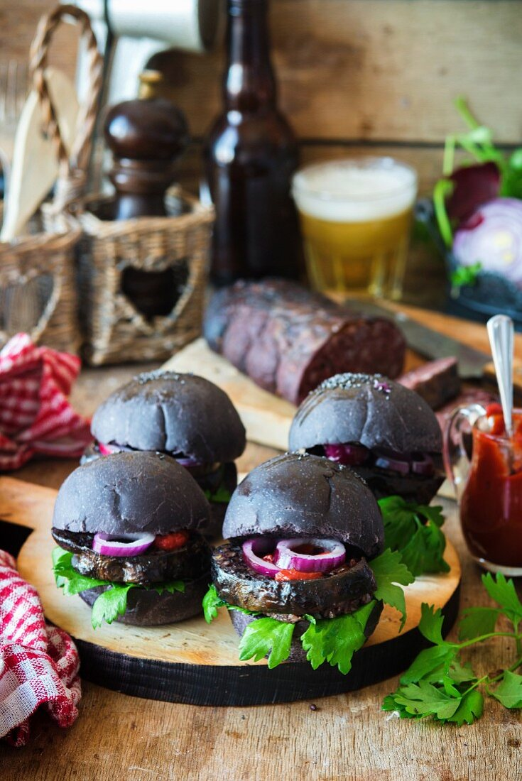 Black burgers with black pudding