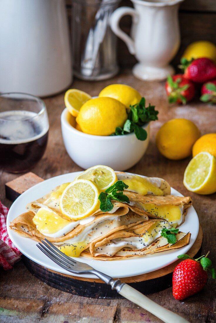 Lemon crêpes with poppyseeds