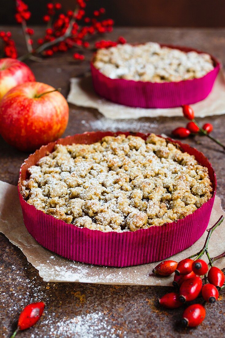 Vegan pumpkin cake with apple and crumble topping