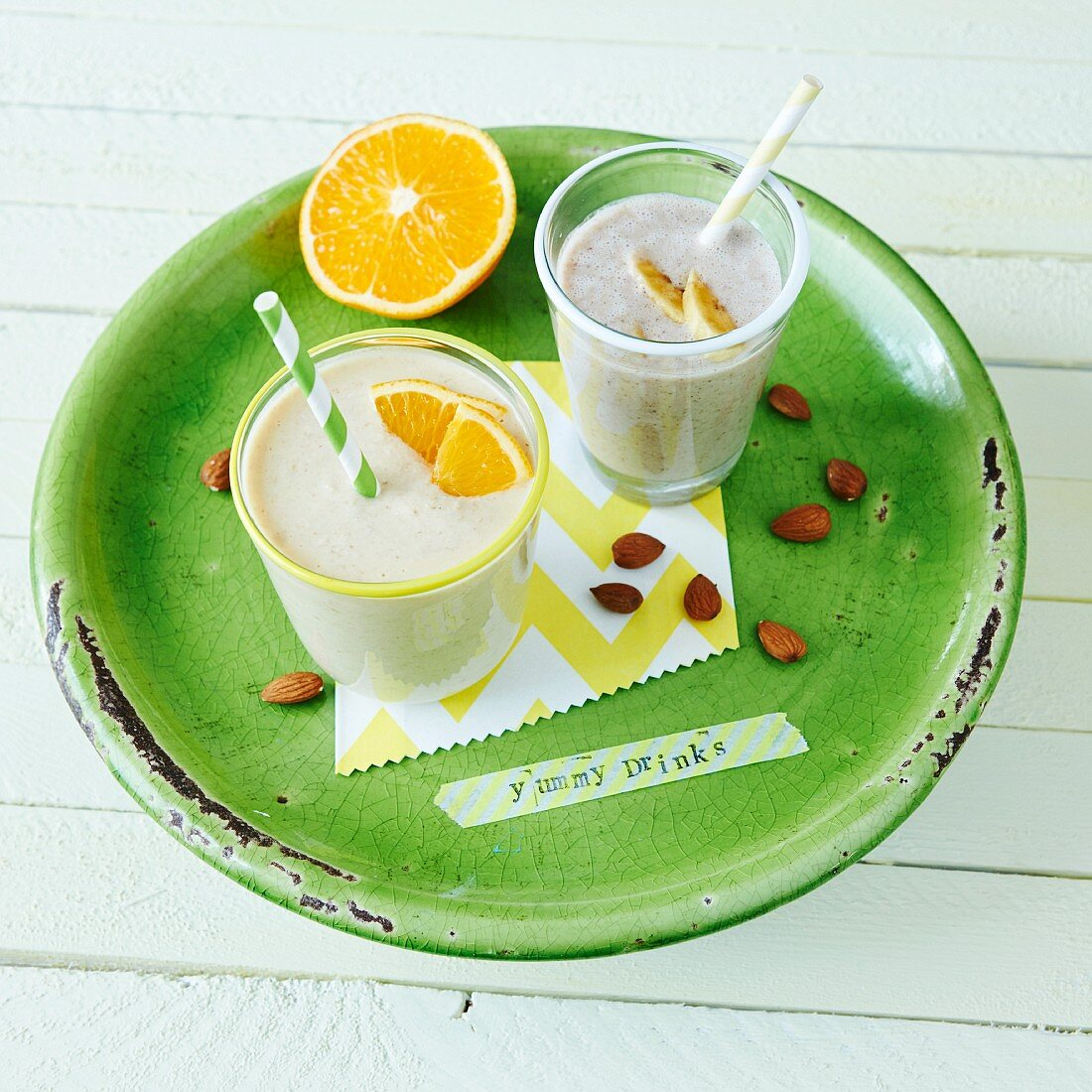 Almond breakfast smoothies with banana and orange