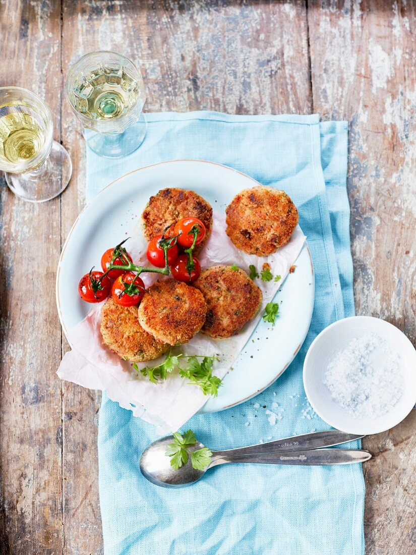 Tomato keftedes (tomatoes fritters, Greece)