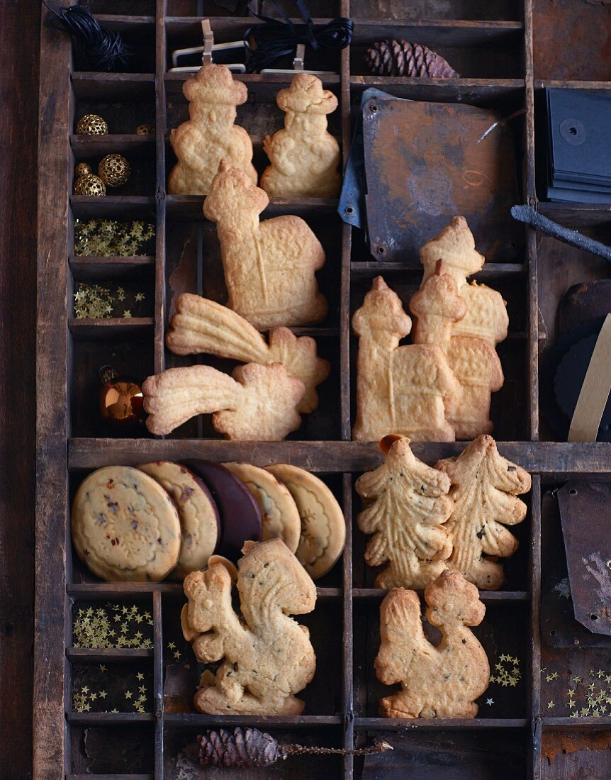Traditional speculoos biscuits with chocolate, coffee, and almonds