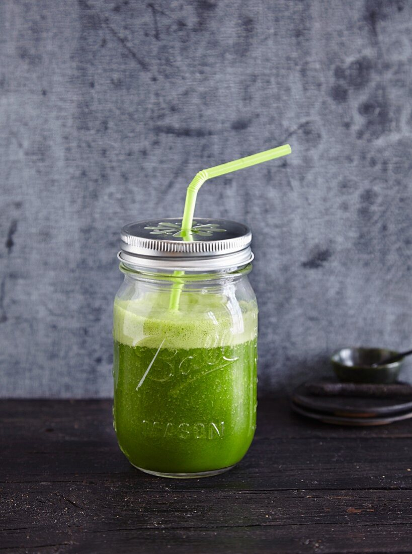 A kale and mango smoothie - 'Green-Eyed Beauty'