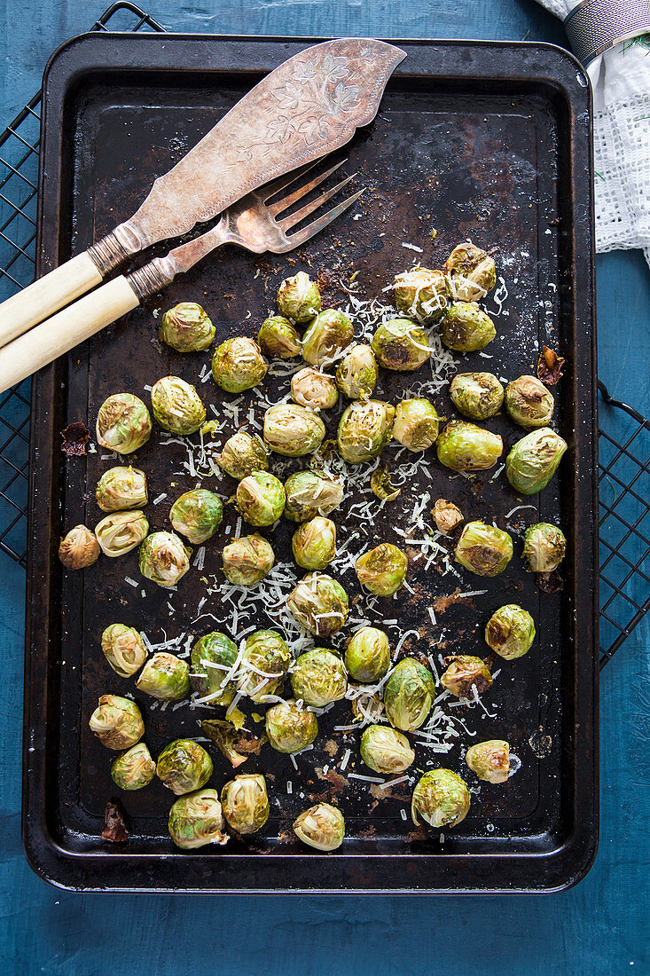Oven-roasted brussels sprouts with lemon and parmesan