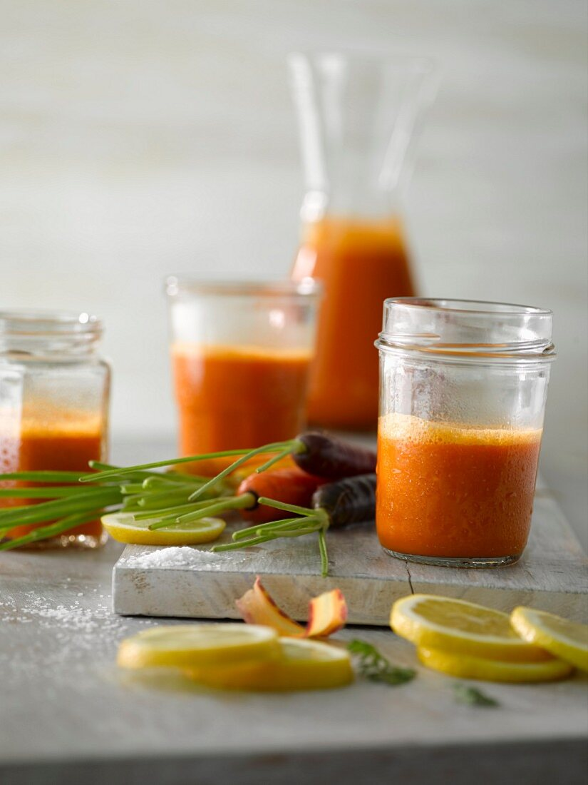 Frischer Karottensaft