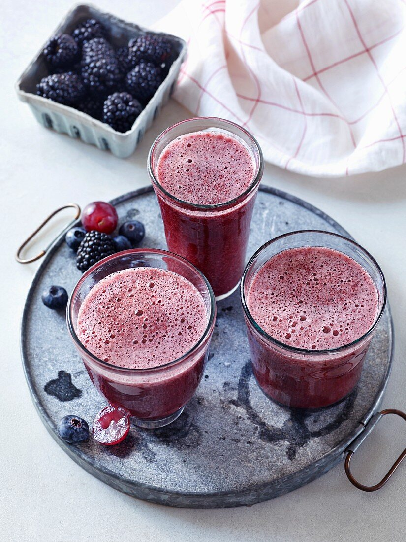 Blackberry and blueberry smoothie