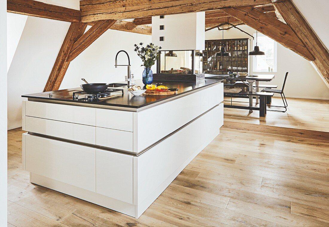 An Elegant Kitchen Island Under Wooden Buy Image 12353672 Seasons Agency