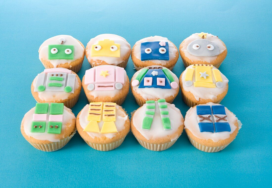Muffins with comic decorations for children's parties