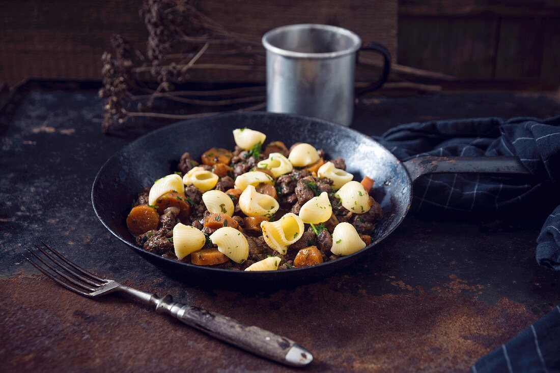Goulash with soya chunks, carrots, and pasta (vegan)