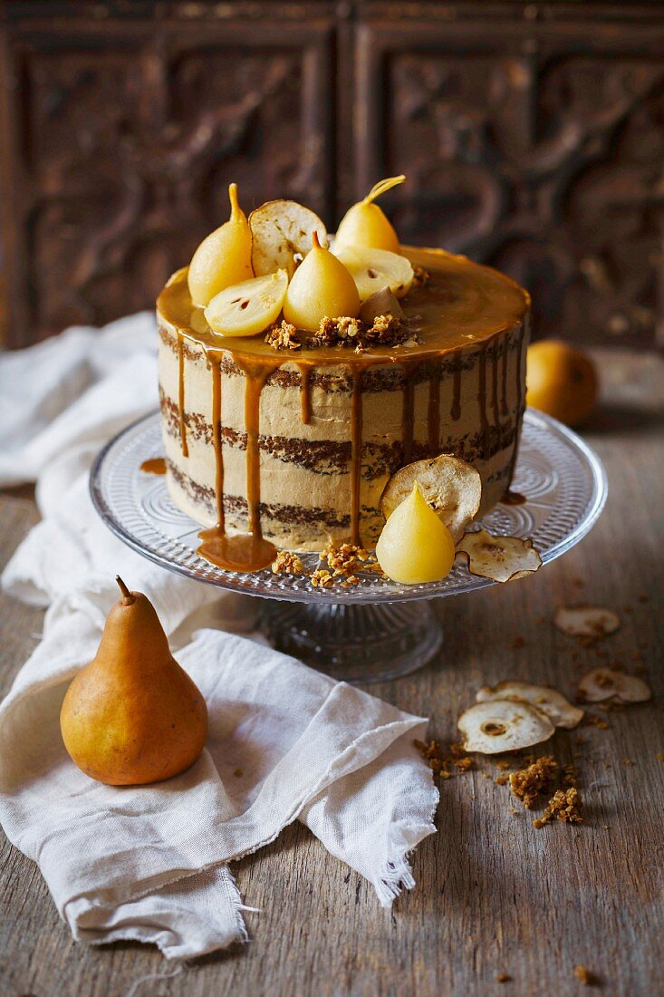 An autumnal pear cake with caramel sauce