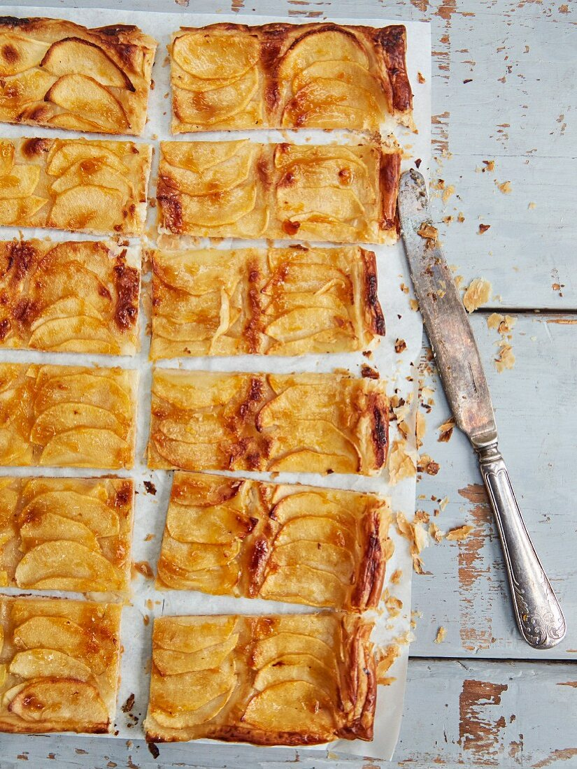 Apple tart cut into slices