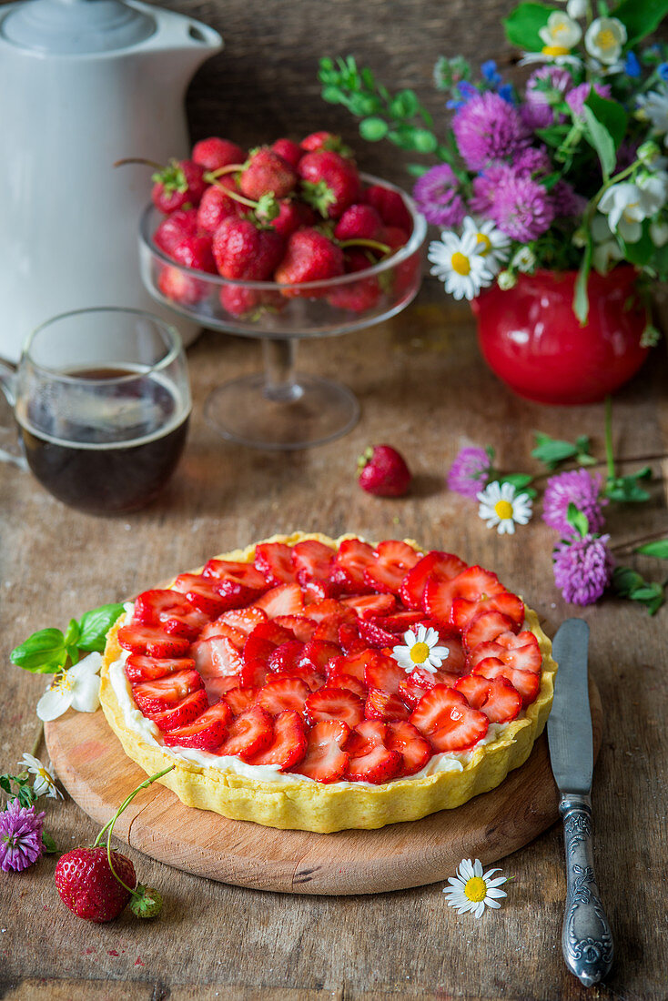 Strawberry tart with mascarpone