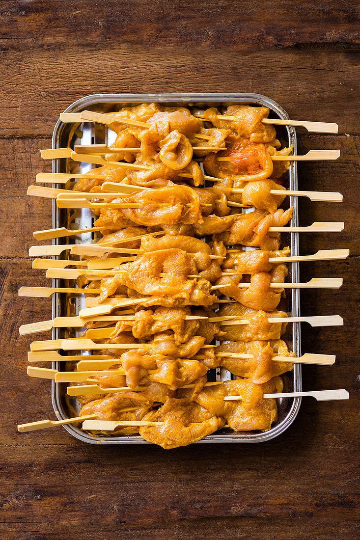 Satay skewers ready to grill