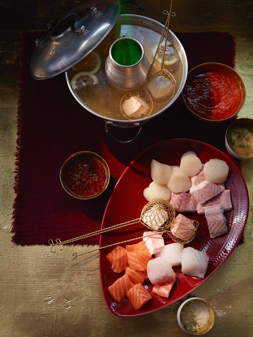 Fish and seafood fondue