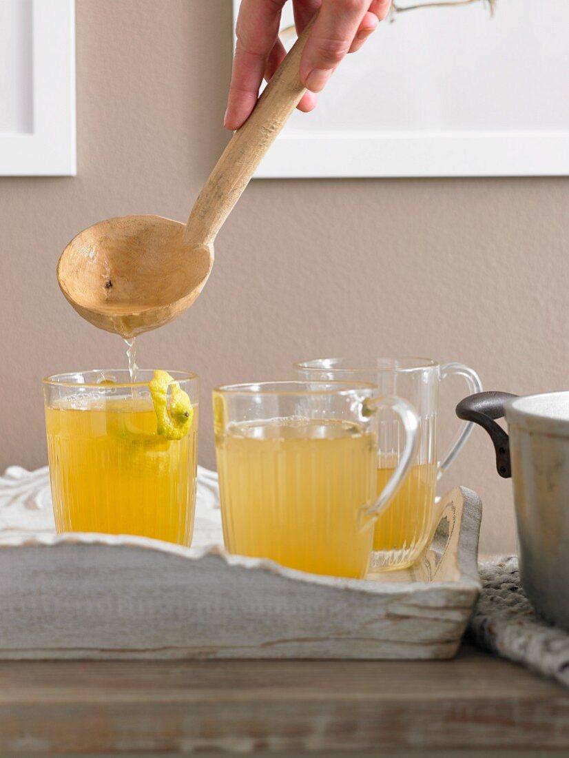 Vitamin punch with lemon