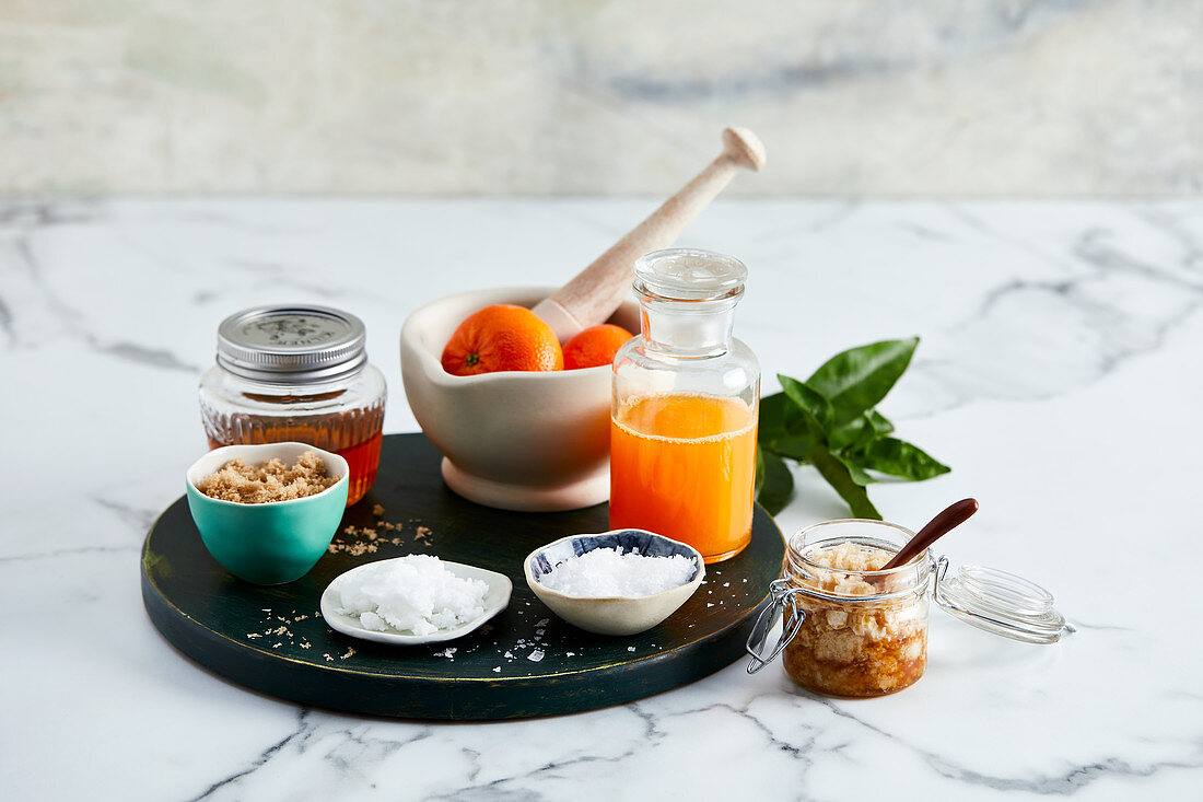 Natural ingredients for a facial exfoliation treatment