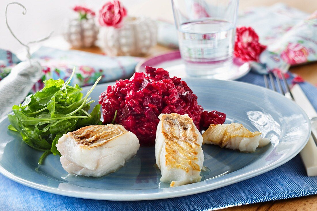 Beetroot risotto with fish