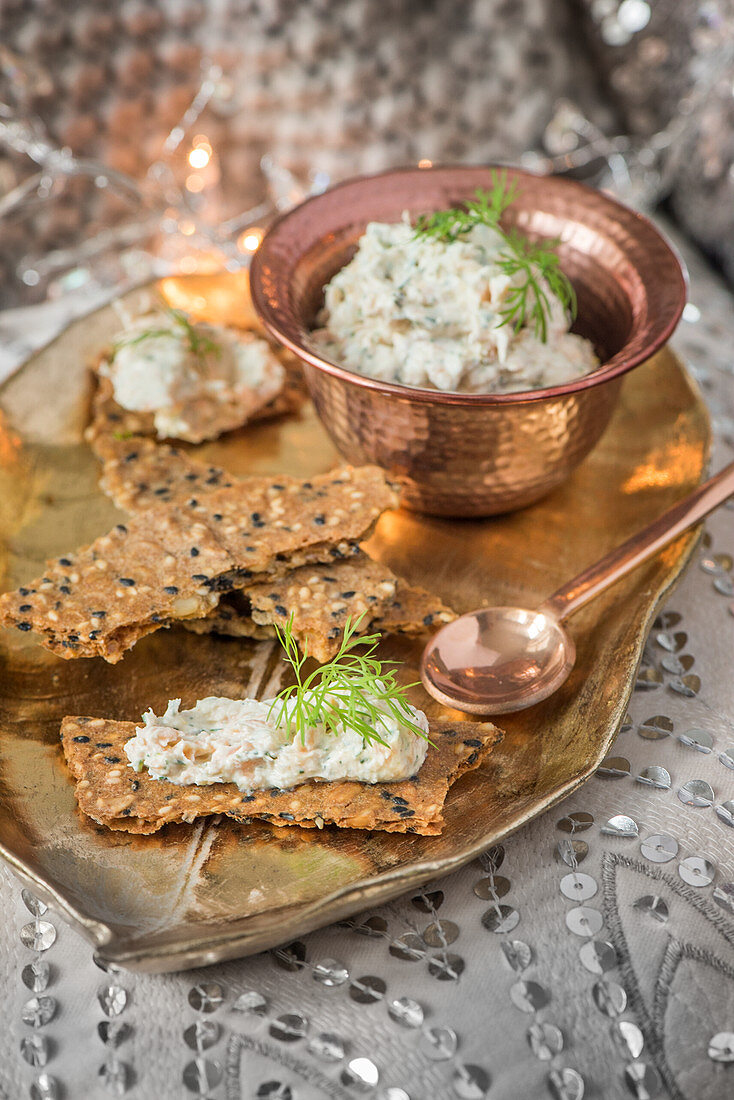 Crackers with trout mousse
