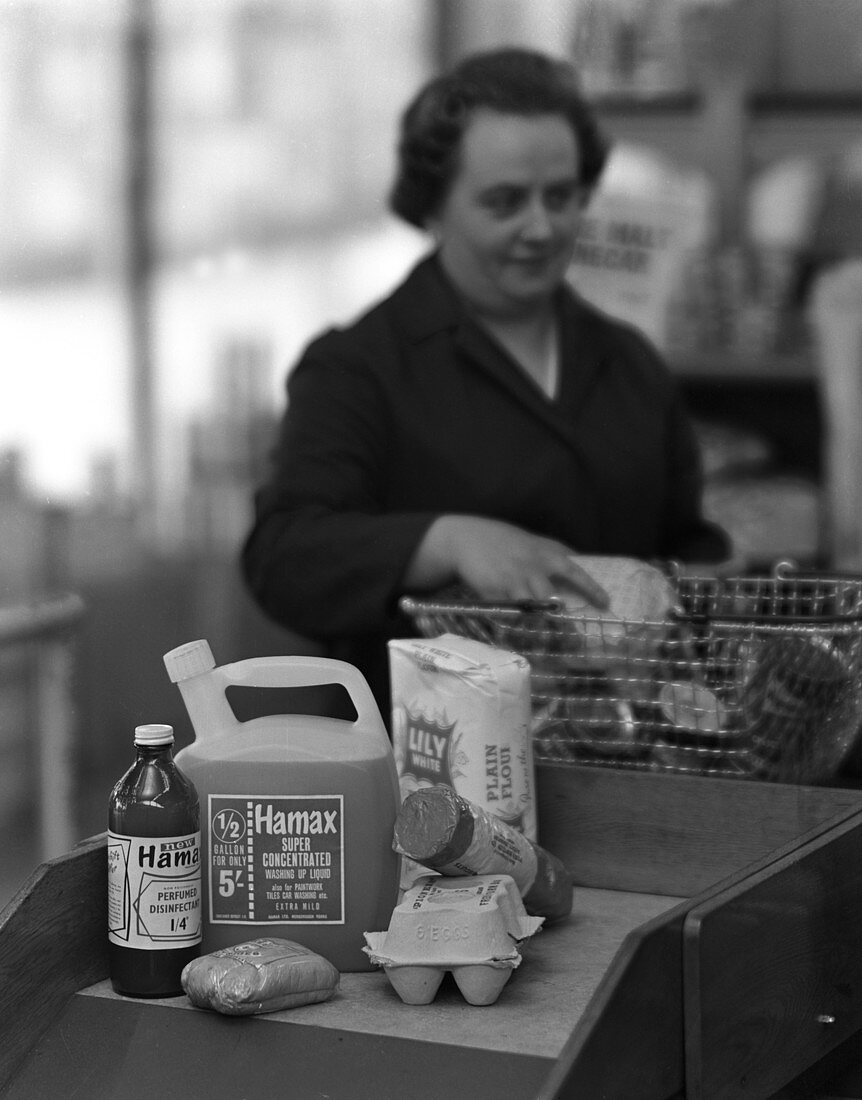 Supermarket checkout, Mexborough, South Yorkshire, 1966