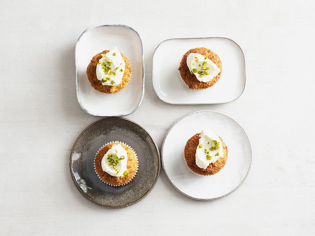 Carrot and nut muffins (low carb)