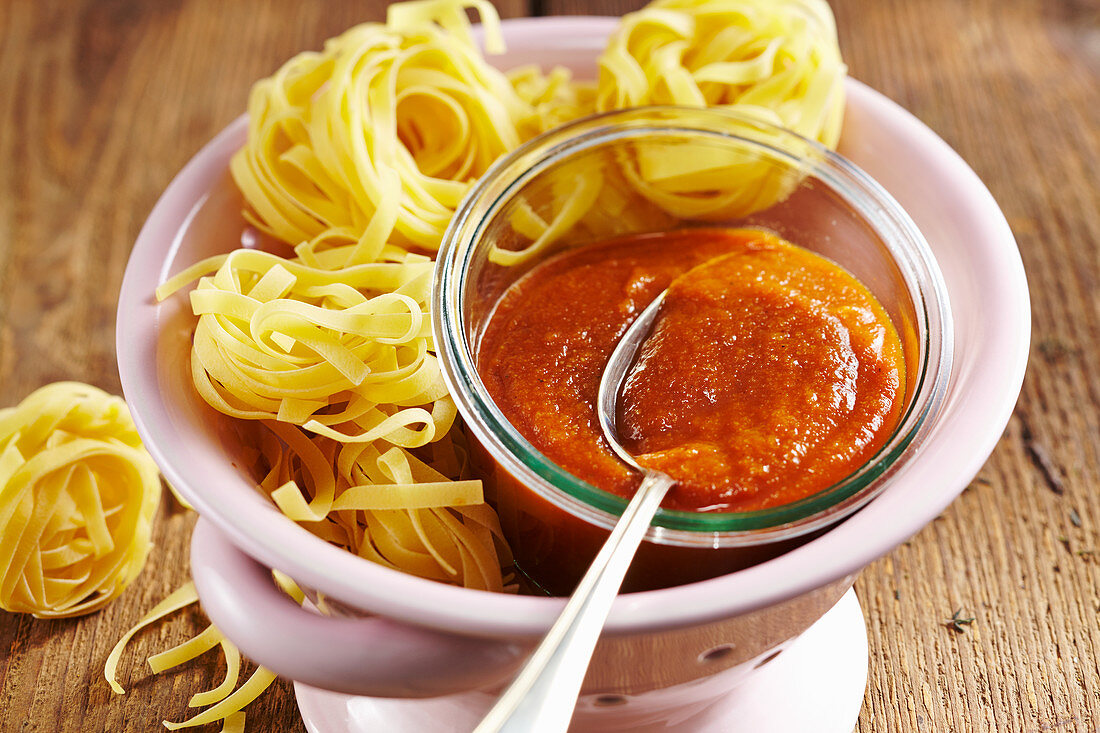 Homemade tart zucchini ketchup with tagliatelle