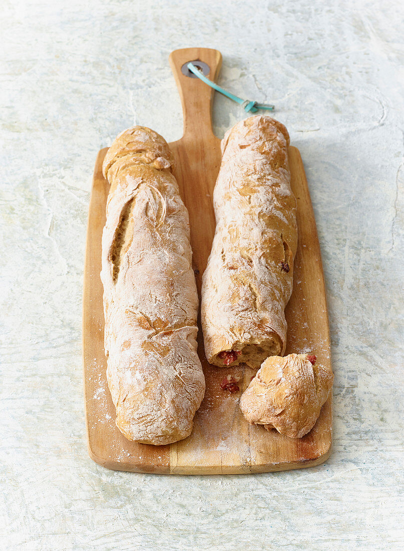 Baguettes with BBQ spice and cabanossi