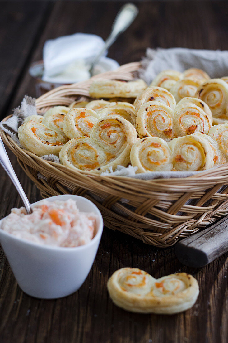 Puff pastry slices with salmon and horseradish cream cheese