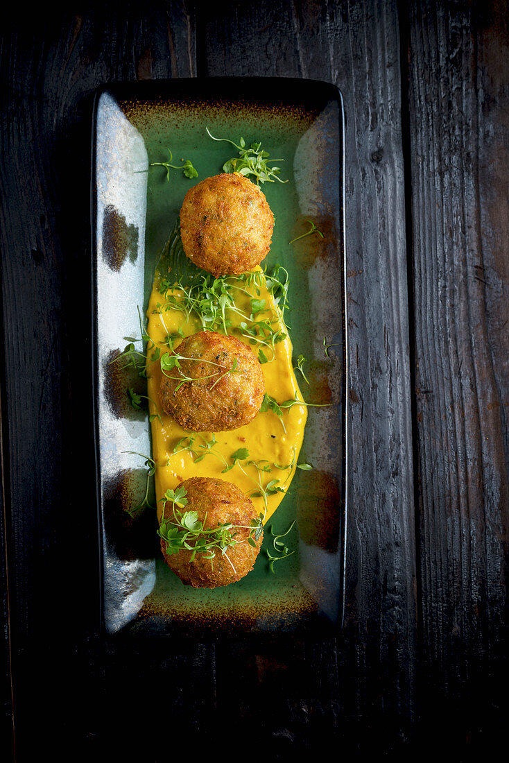 Fishballs with Spicy Saffron Mayonnaise