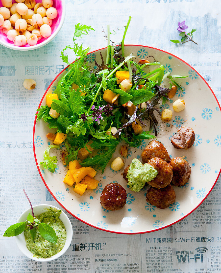 Meatballs with mango salad and a Thai basil dip (Asia)