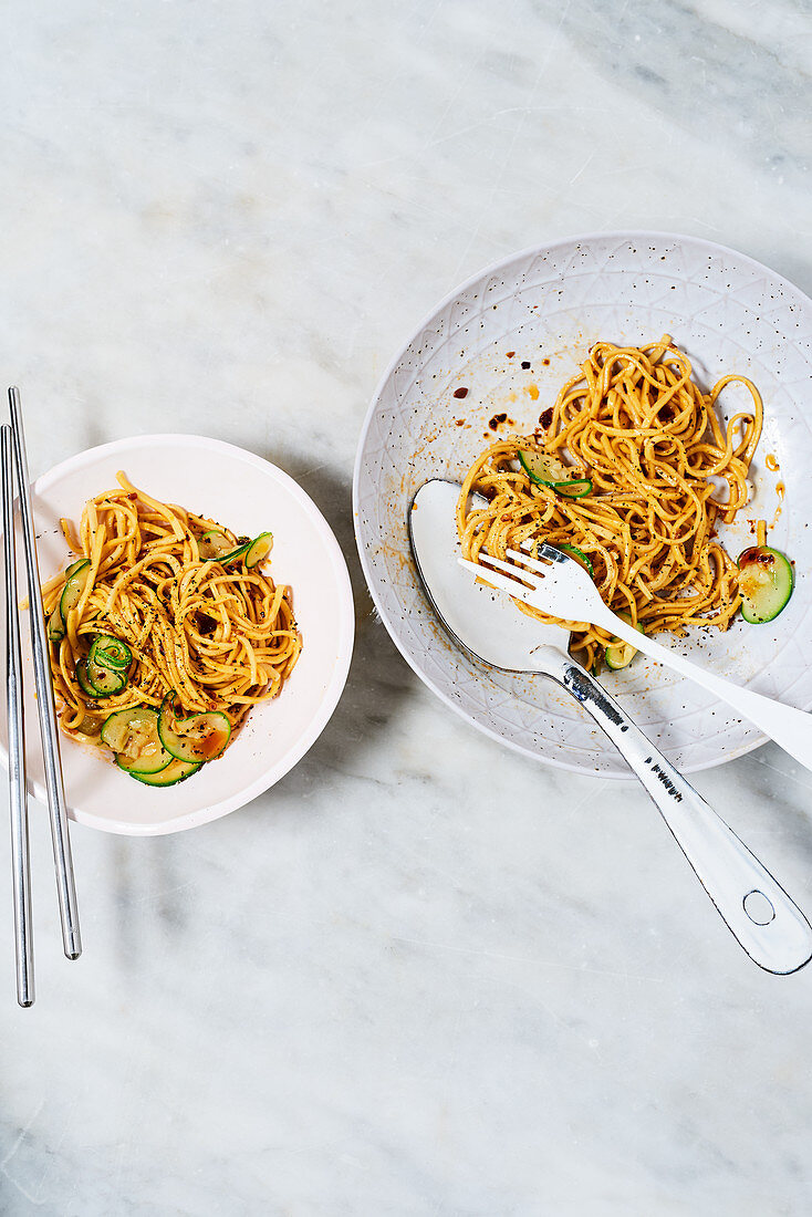 Noodles with zucchini