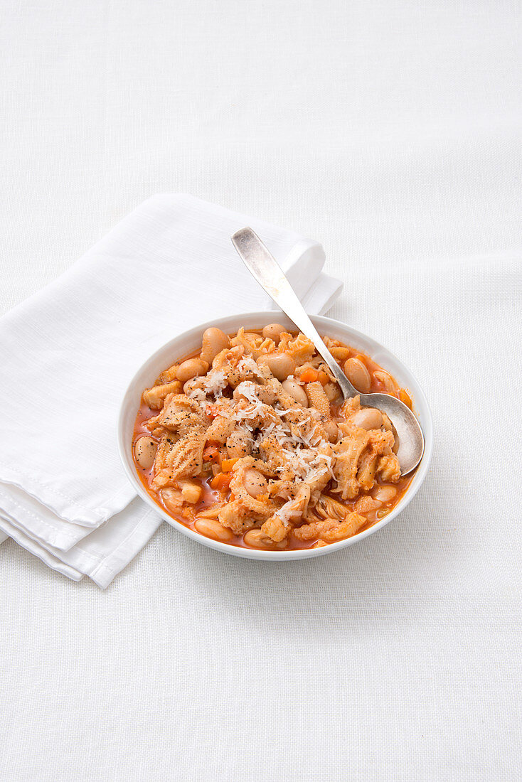 Veal tripe with white beans