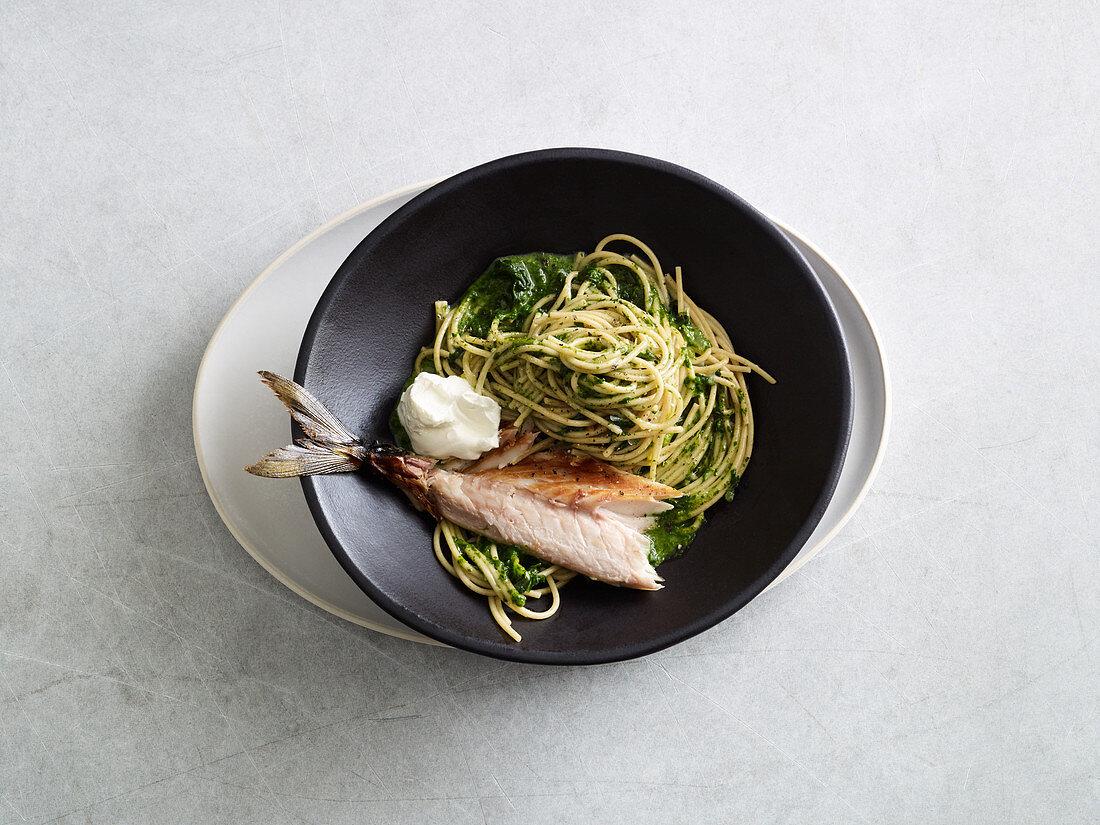 Spinat-Spaghetti mit Makrele (One Pot Pasta)