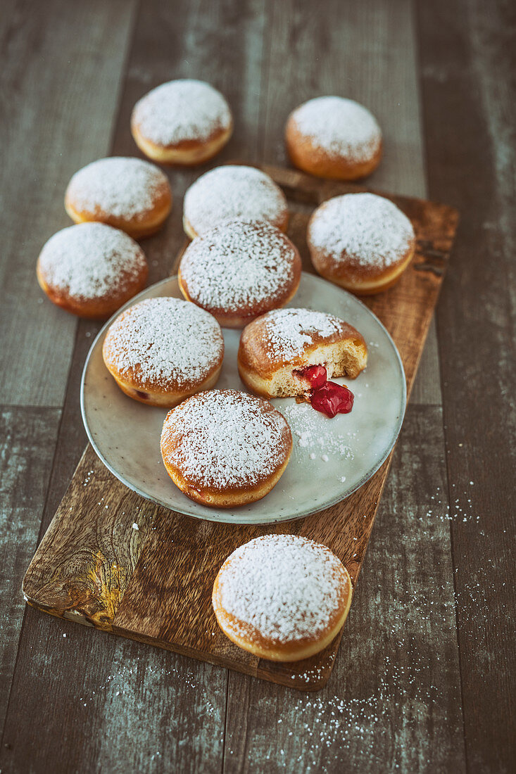 Berliner (donuts) with jam filling