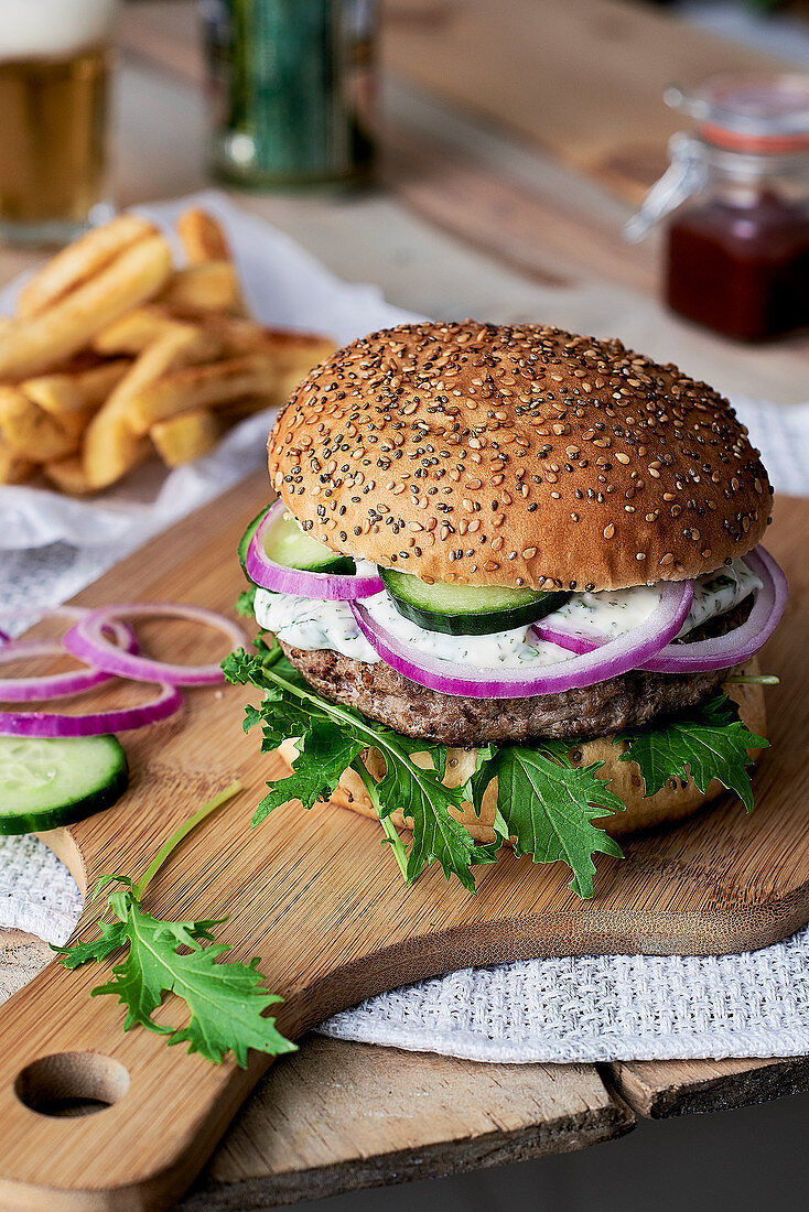 Hamburguer with fries and beer