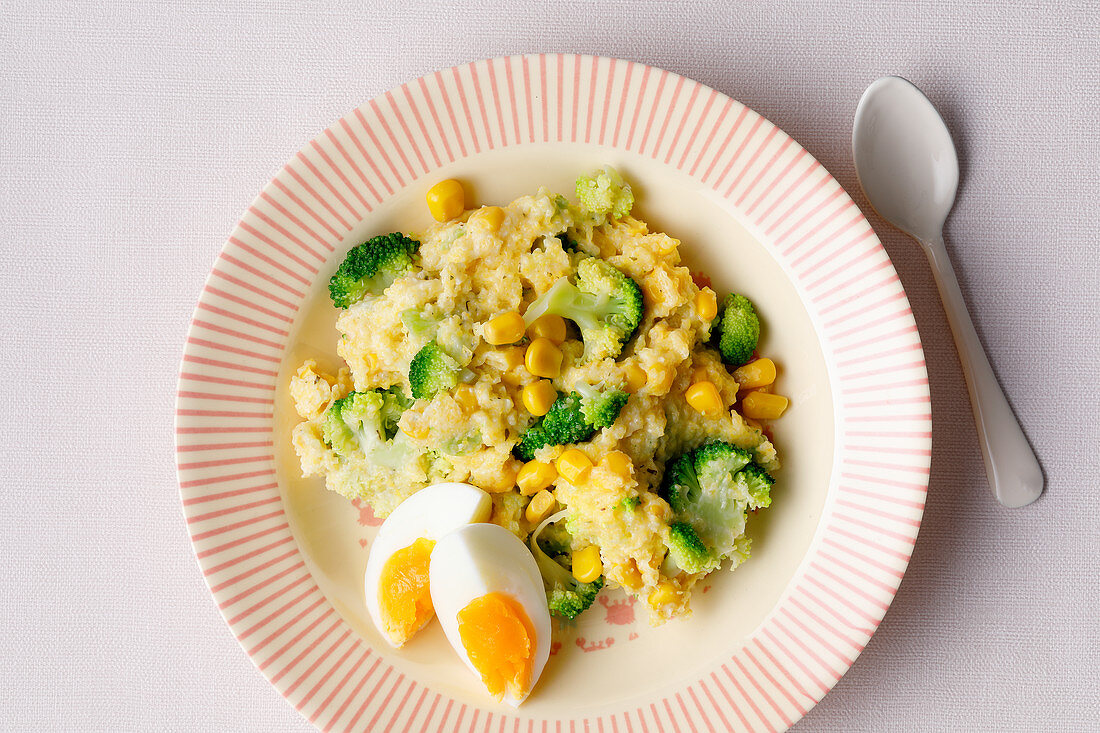 Polenta with broccoli, sweetcorn and egg (from 10 months)