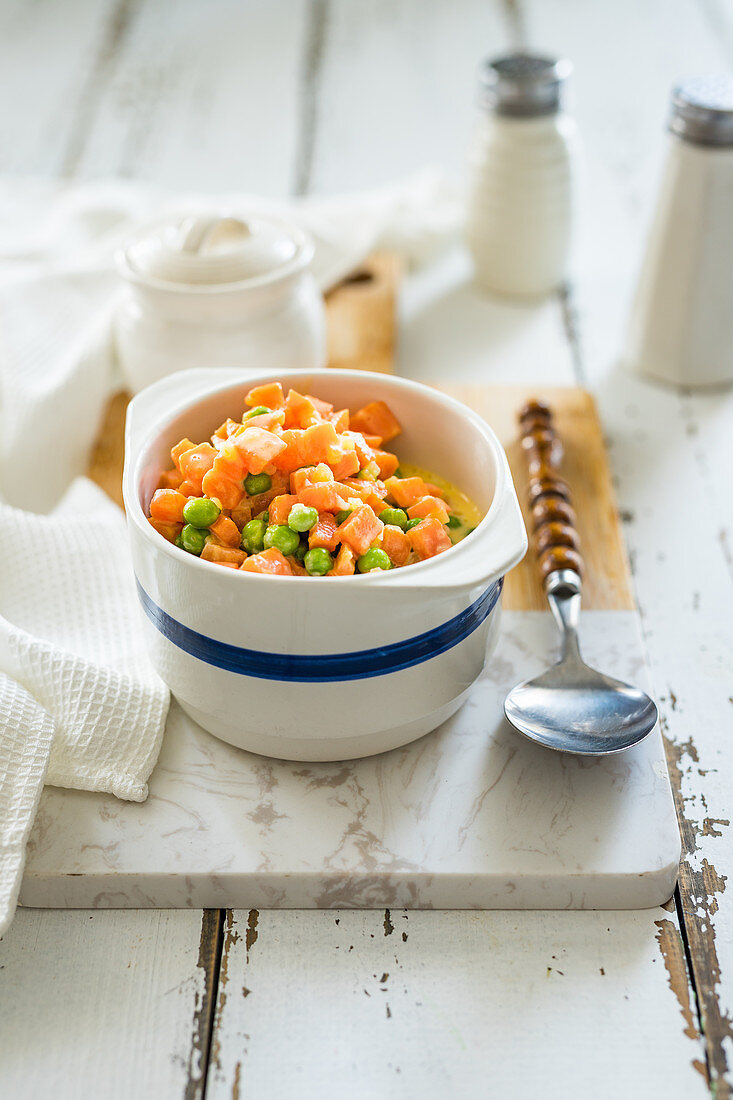 Simple polish carrot with green peas