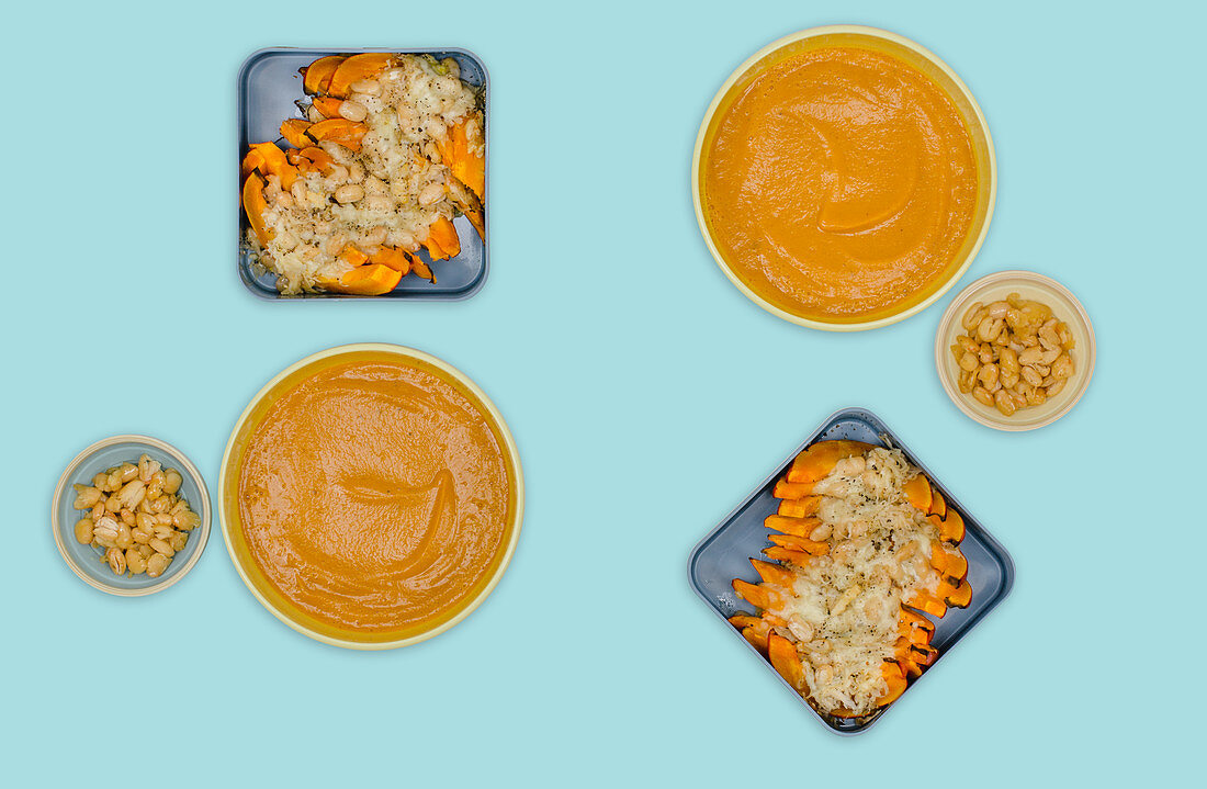 Gratinated pumpkin wedges and pumpkin soup (meal prep)