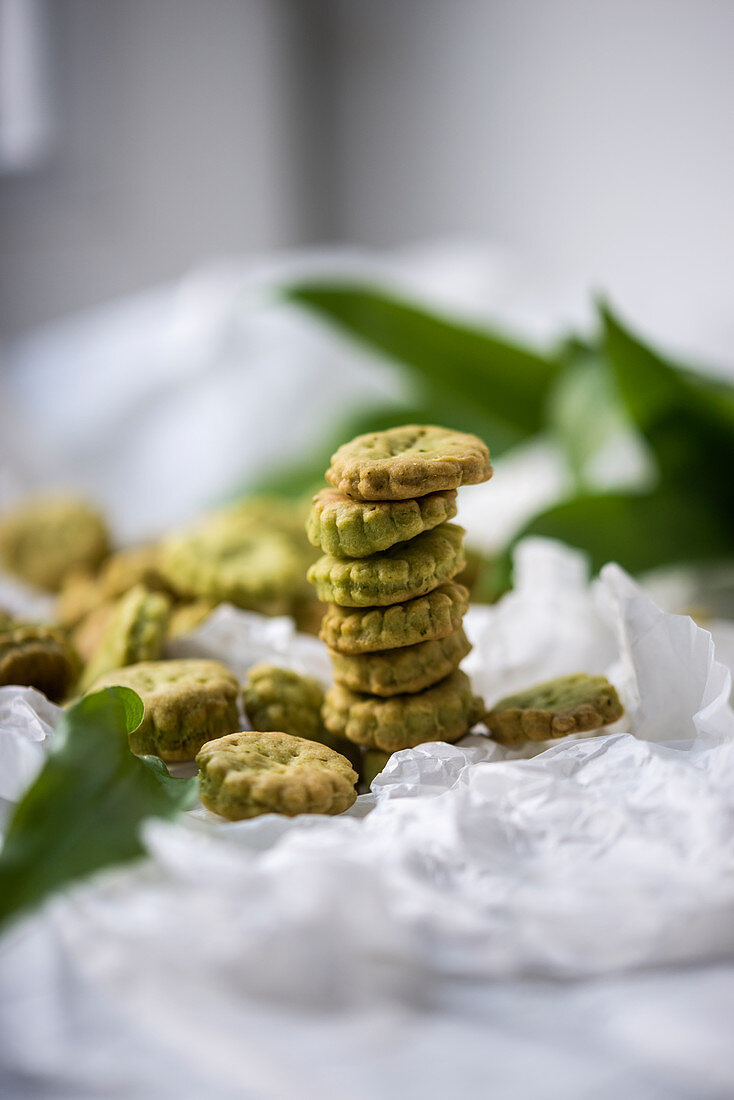A stack of vegan wild garlic crackers