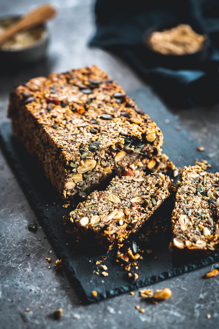 Seeded bread with nuts, two slices cut off