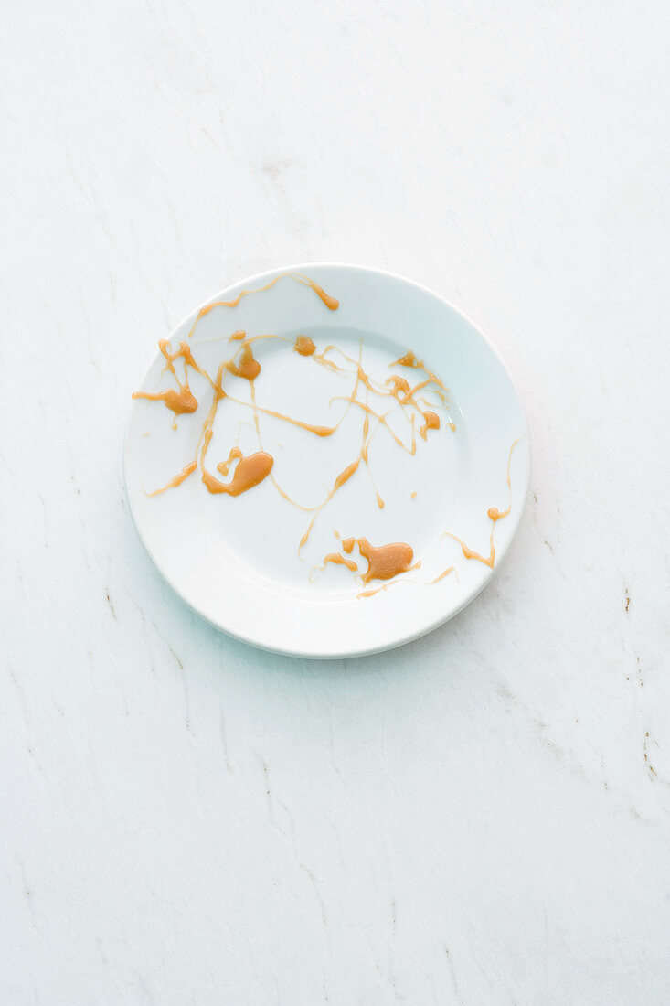 Remains of tarte tatin on a plate
